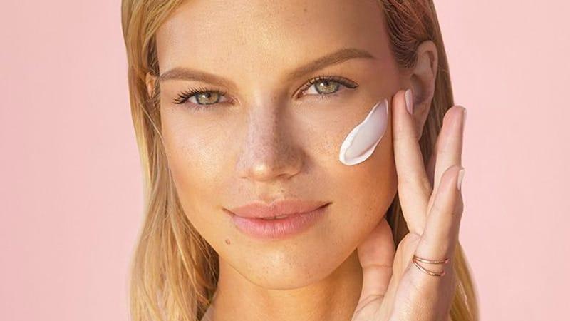 Как сохранить красоту - несколько общих правил для ухода за лицом