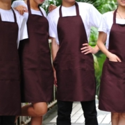 Фартуки для официантов - какие они должны быть в идеале