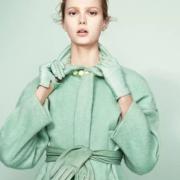 Как носить мятно-зеленый