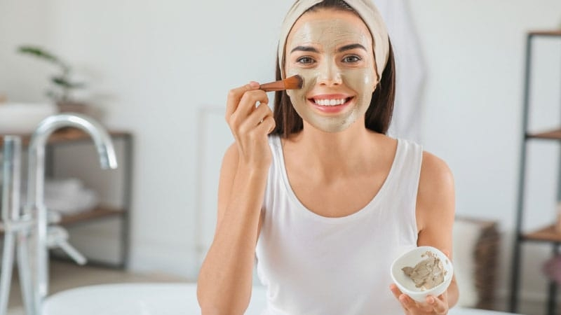 7 легких рецептів масок для обличчя сяючої шкіри